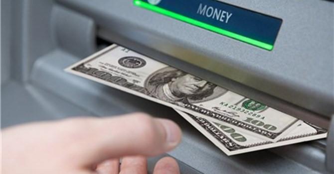 Làm thẻ Visa ở đâu và rút tiền mặt từ thẻ Visa như thế nào?