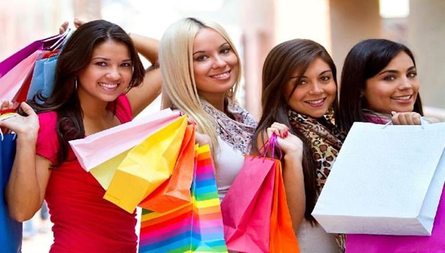 Thẻ Visa Sacombank Lady First dành cho khách hàng nữ