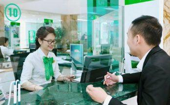 Hỏi Đáp thẻ Visa Vietcombank có rút tiền được không?